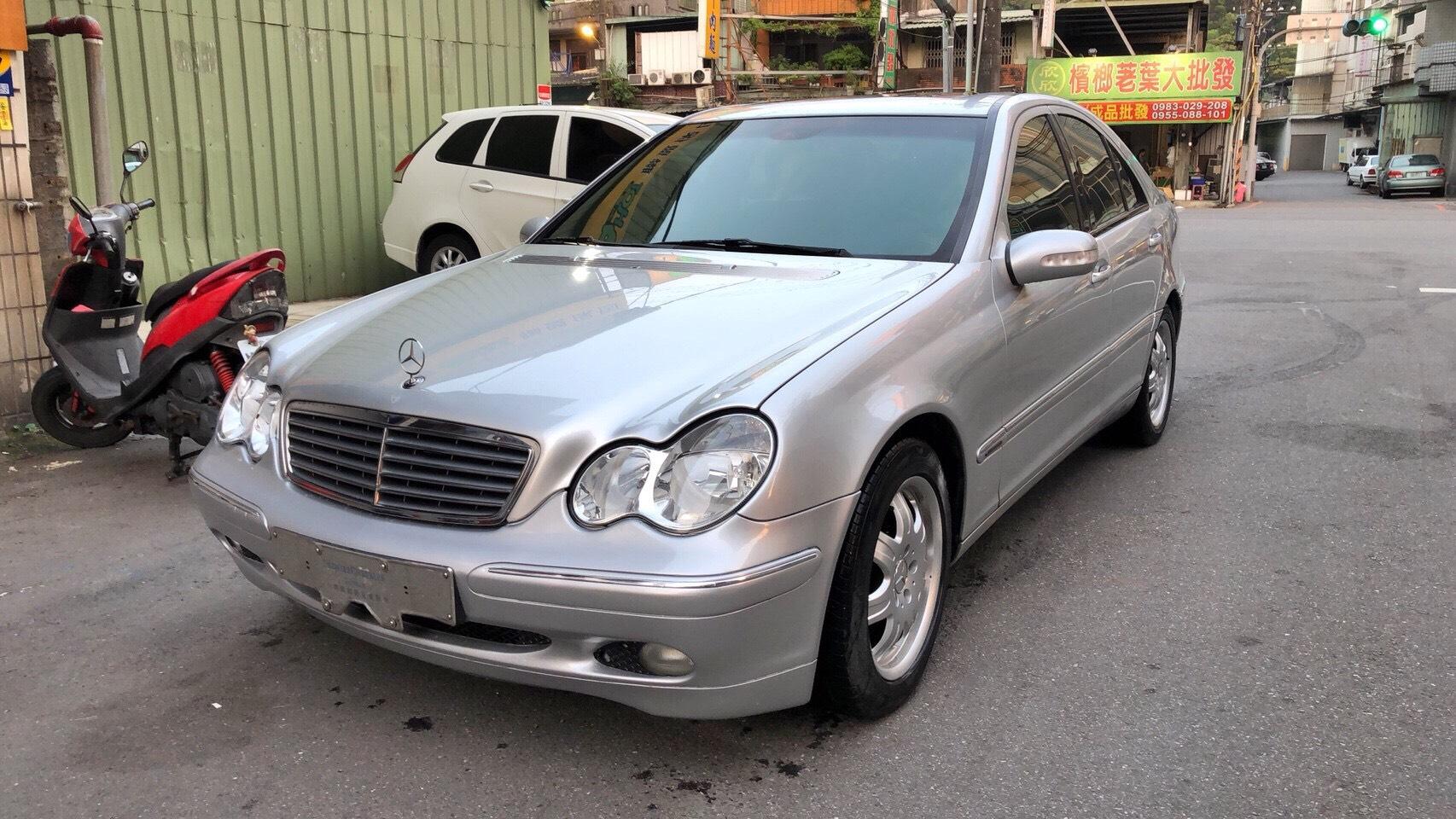 2005 M-benz Cls-class