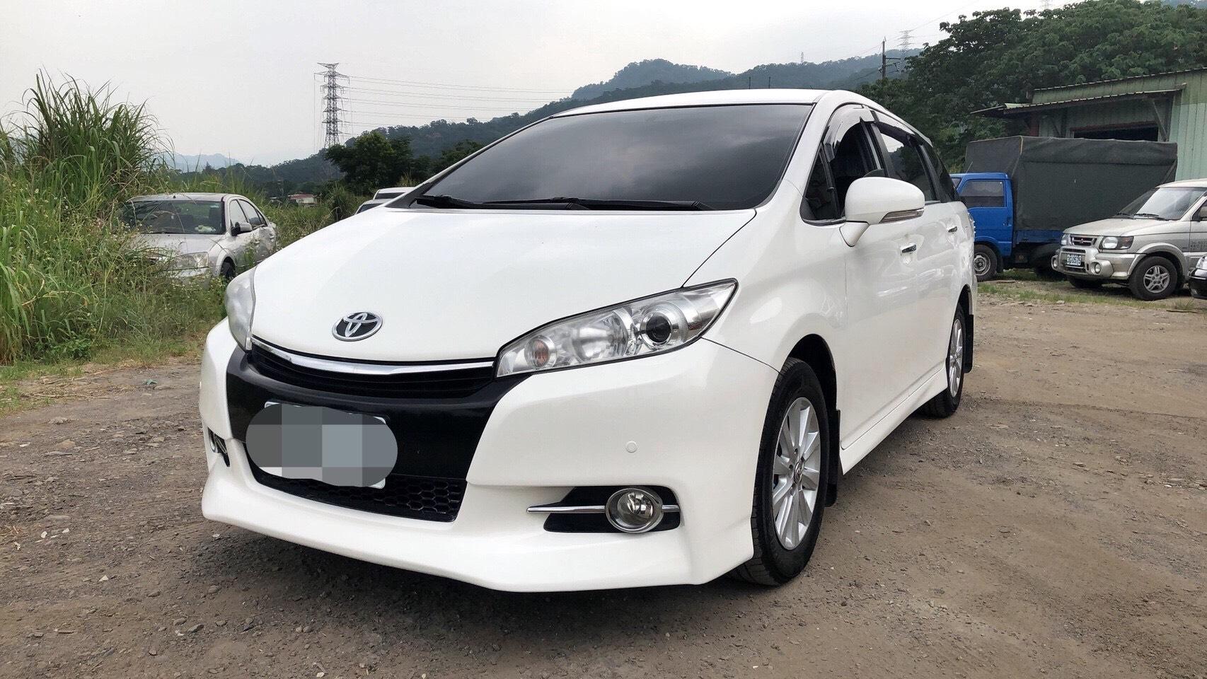 2013 Toyota Wish