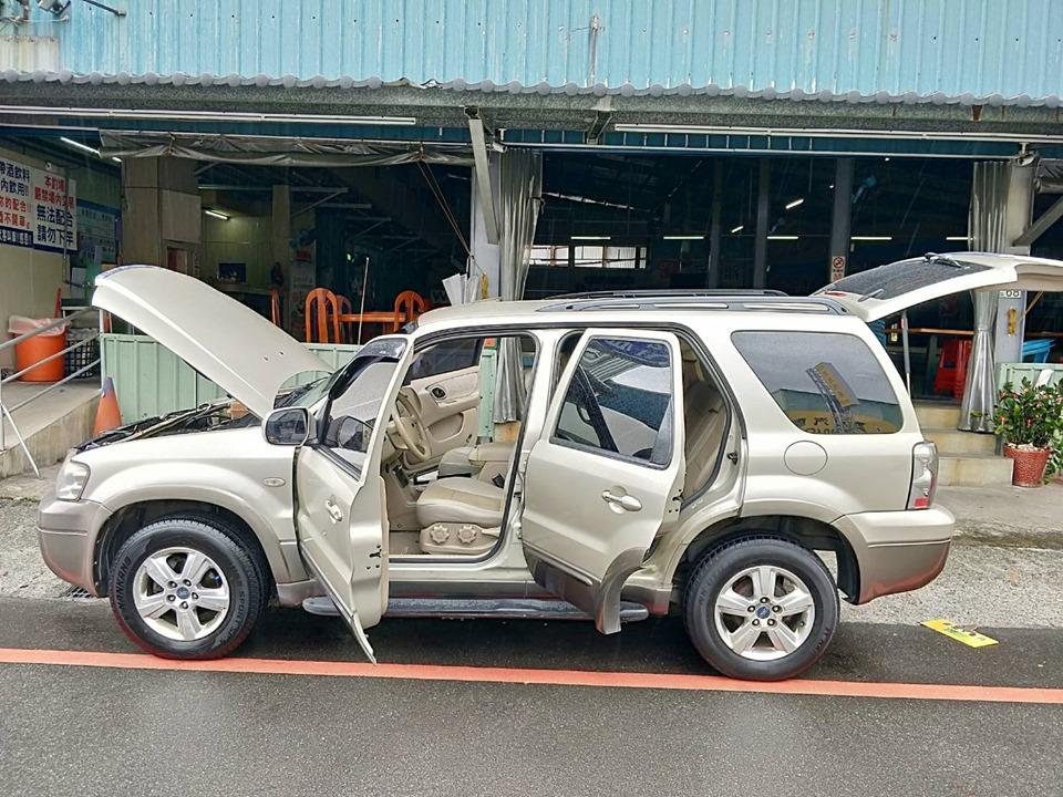 Ford 福特 2005 Escape
