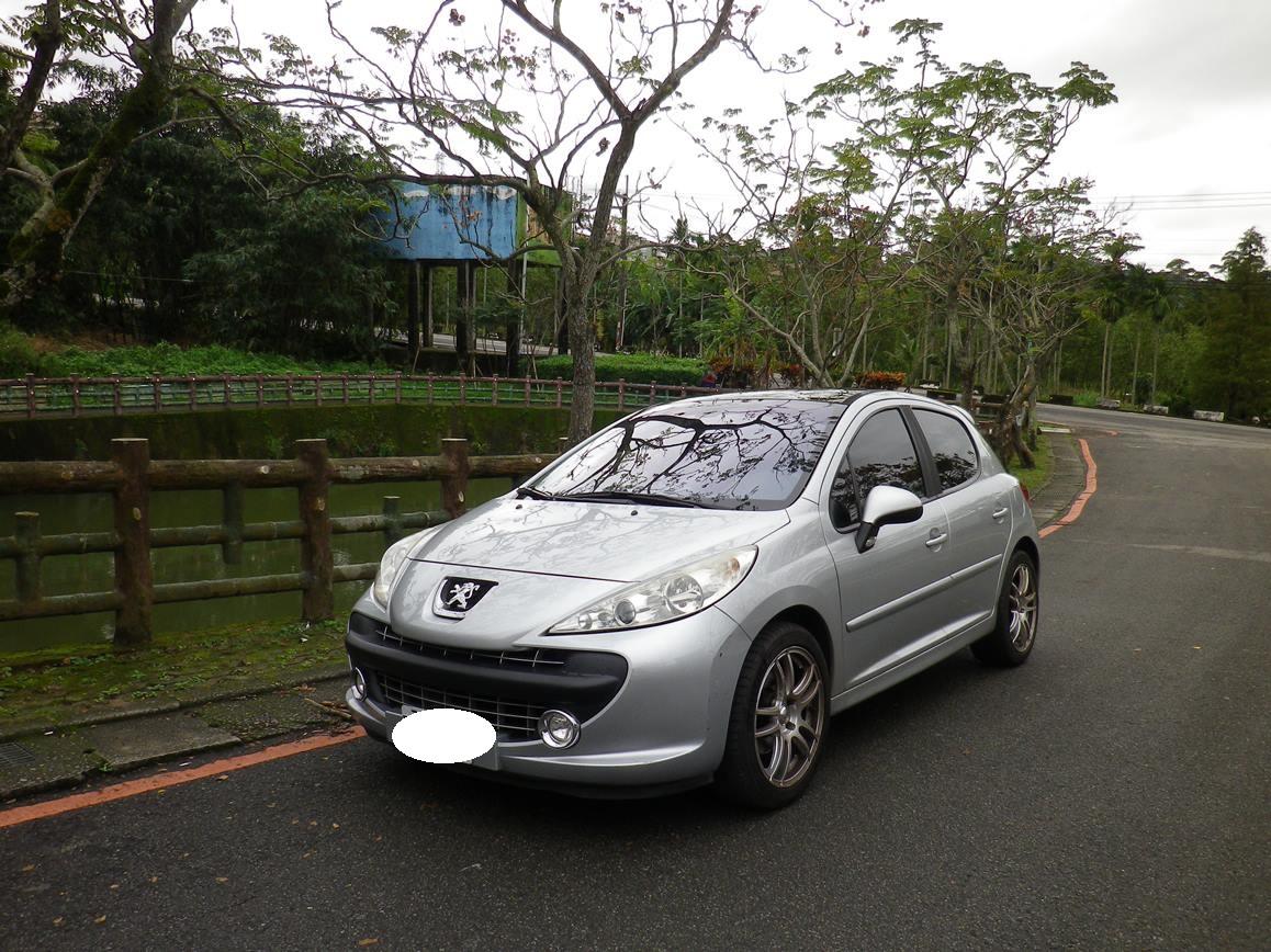 2008 Peugeot 寶獅 207