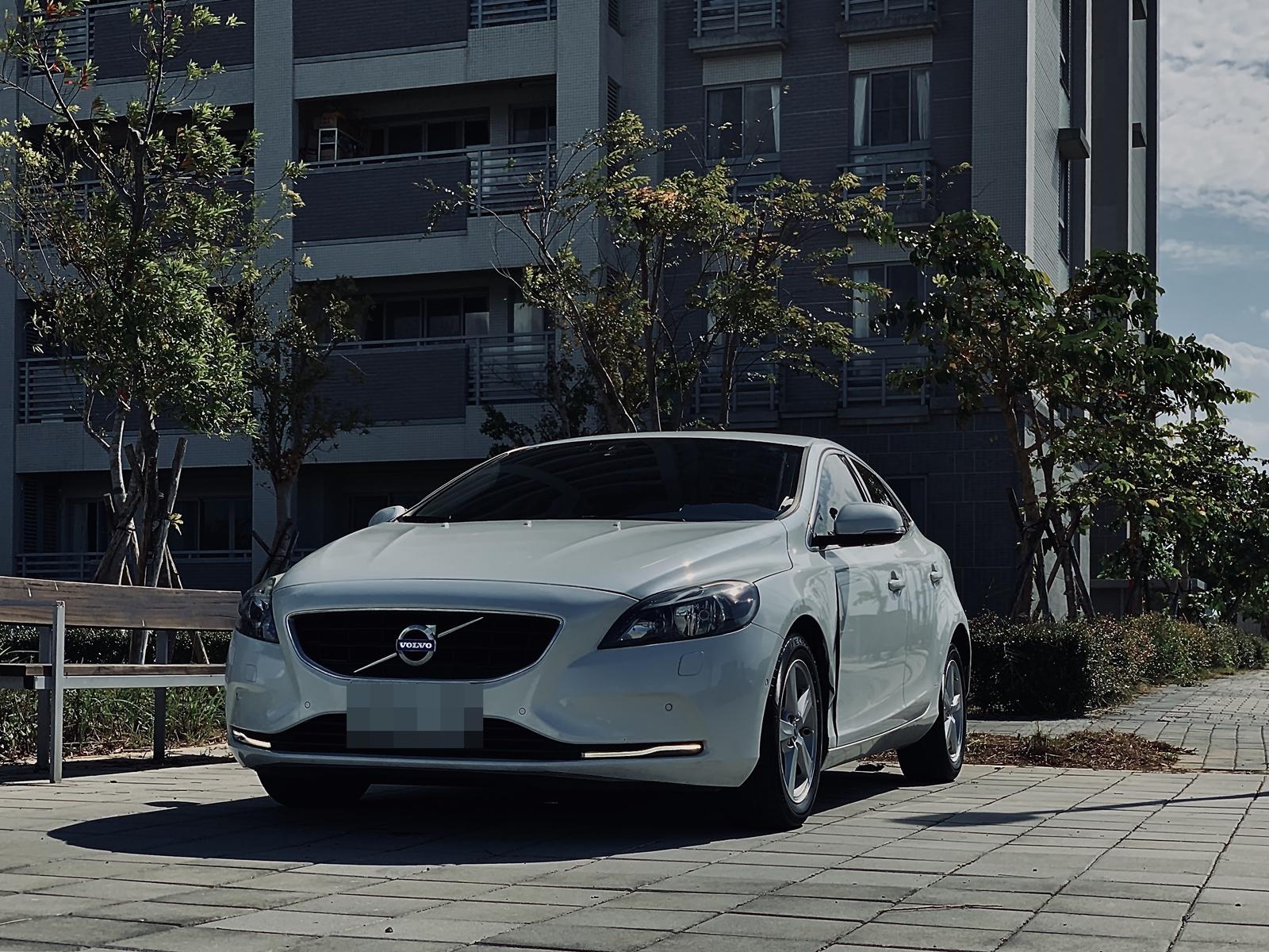 2014 Volvo 富豪 V40