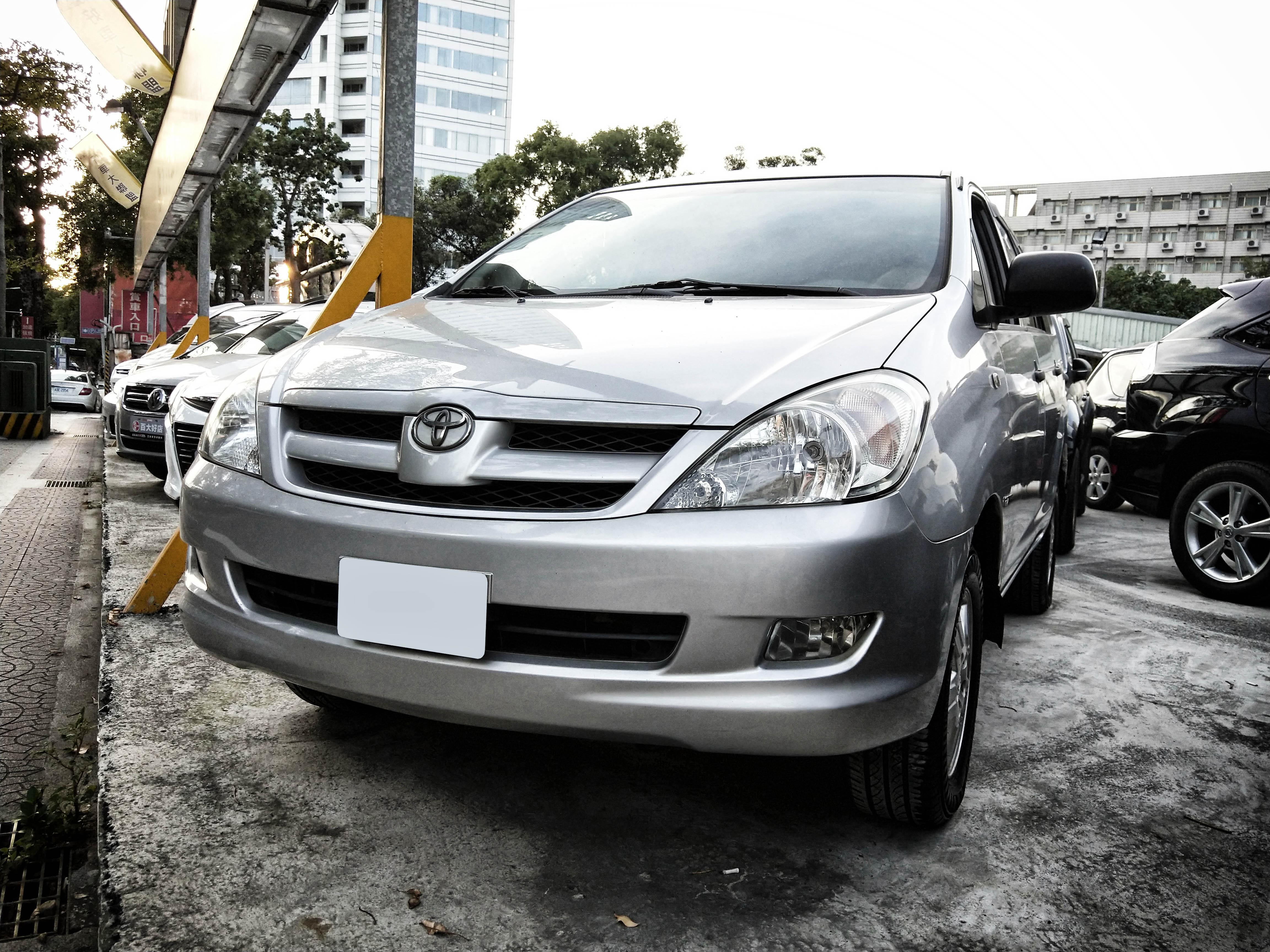 2011 Toyota Innova