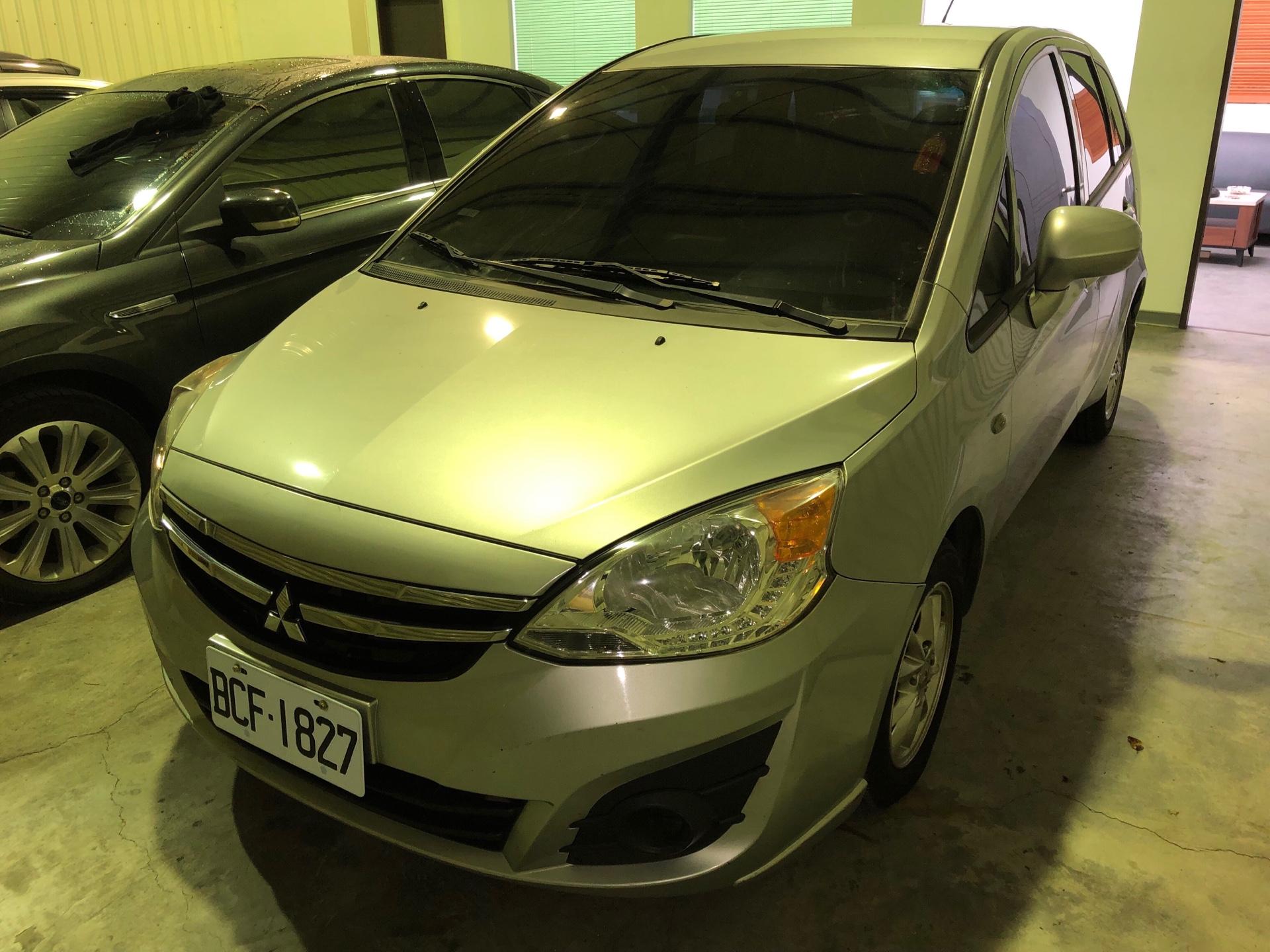 2014 Mitsubishi 三菱 Colt plus