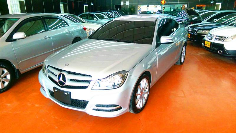 2011 M-benz C-class