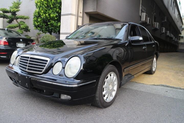 2002 M-Benz 賓士 E-Class