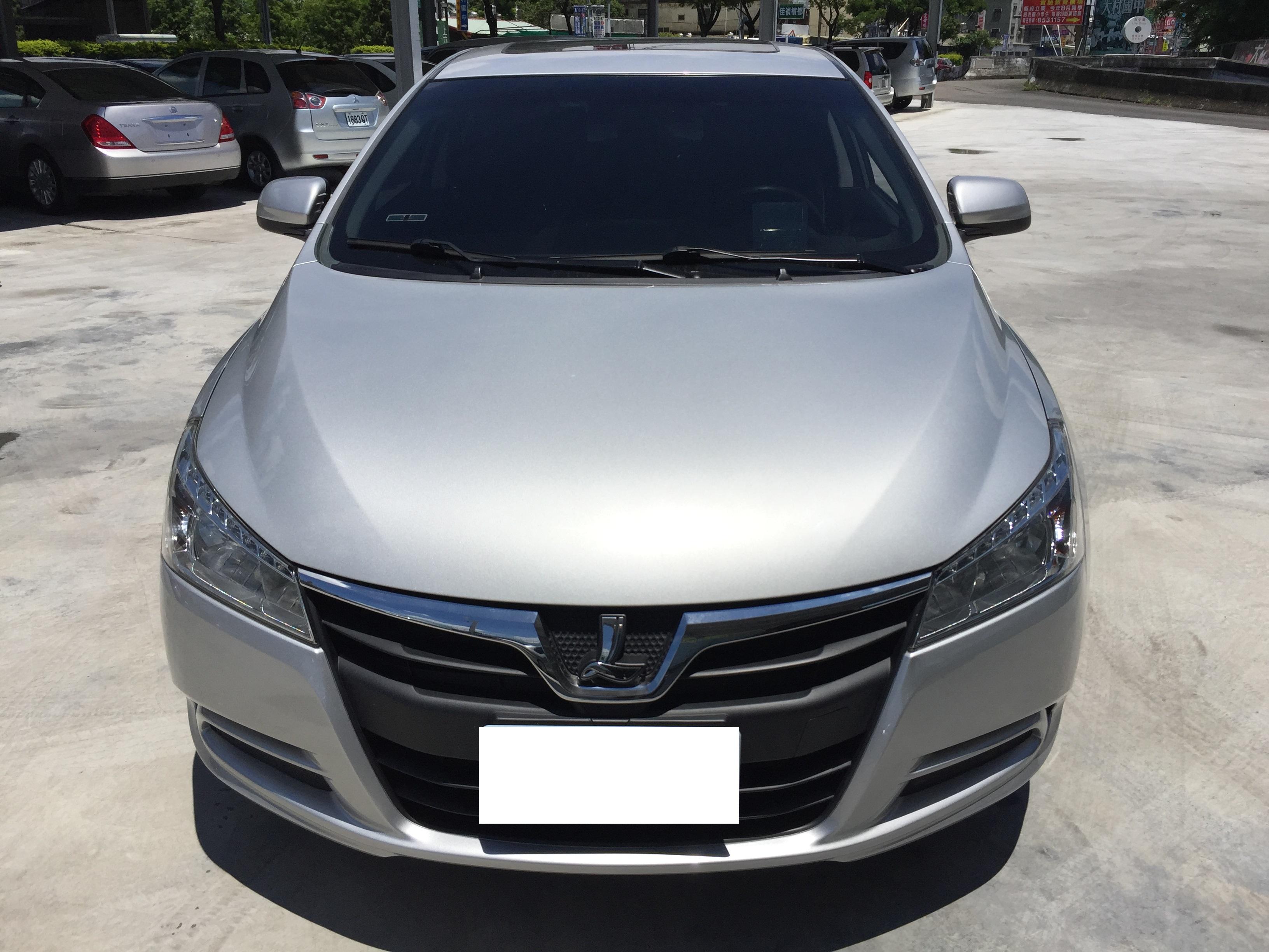 2013 Luxgen 5 sedan