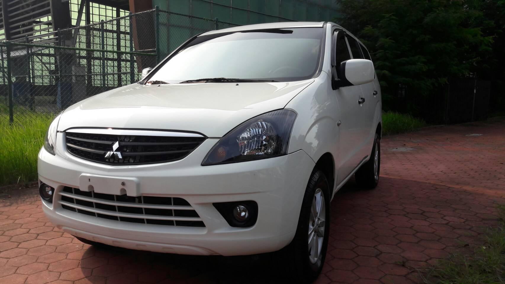 2011 Mitsubishi 三菱 Zinger