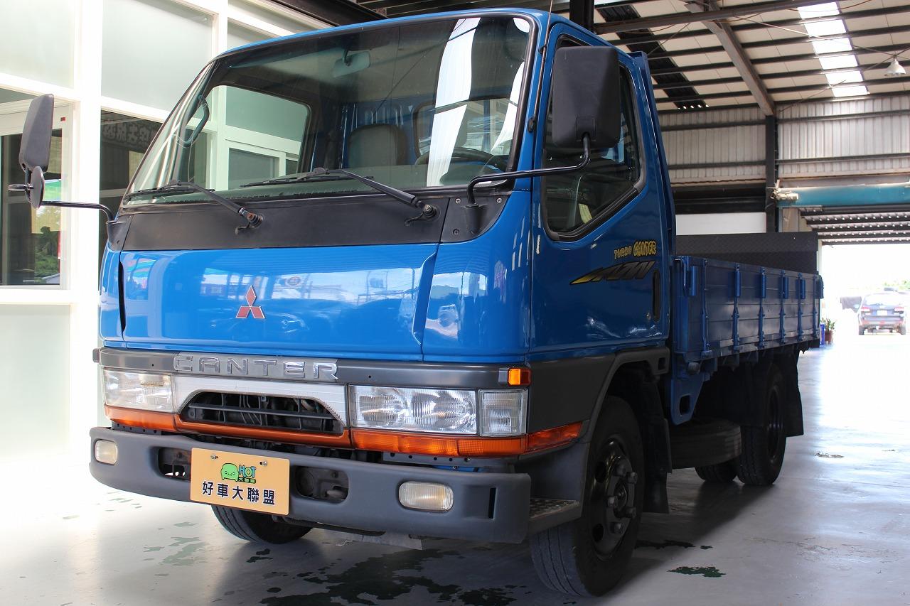 2002 Mitsubishi 商用車